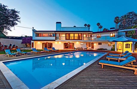 אפשר לספוג השראה: בתים של סלבריטאים למכירה