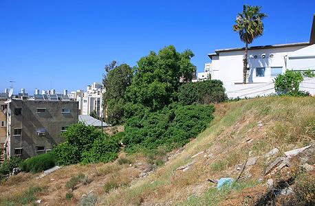 המגרש שרכש רביבו ברחוב משה שרת ברמת גן