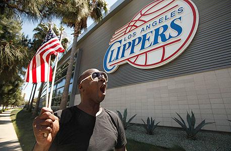 לוס אנג'לס קליפרס מאבדת את הספונסרים שלה