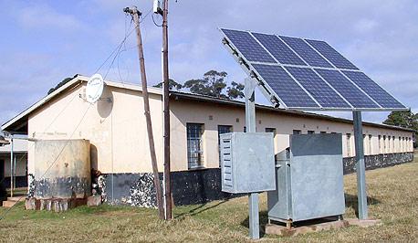 """פאנל סולארי. """"בכל בניין יוכלו לשקול ברצינות לייצר את החשמל שלהם על גגותיהם בעצמם"""""""