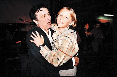 """דיין ובנו ליאור. גולדברג, שביים עם דיין וארבל את """"החיים כשמועה"""": """"היינו בוכים מצחוק על בסיס קבוע"""""""