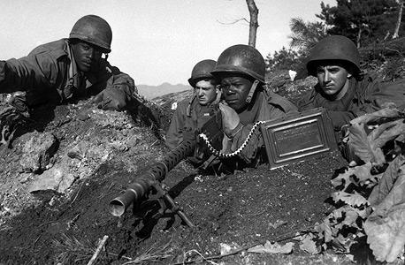 חיילים אמריקאים בחזית בווייטנאם