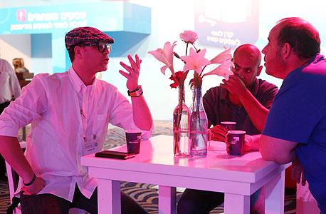 משתתפי הוועידה. משמאל: אדי ענתבי, צילום: נמרוד גליקמן