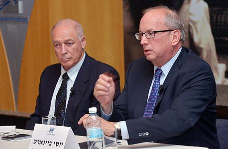 """מימין: יוסי ביינארט מנכ""""ל הבורסה ואמנון נויבך יו""""ר דירקטוריון הבורסה , צילום: גיא אסייג"""