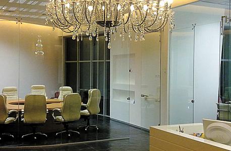 המשרד ששימש את אקזיט עד 2011