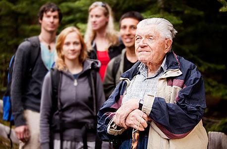 מדריך טיולים פנסיה פרישה, צילום: שאטרסטוק