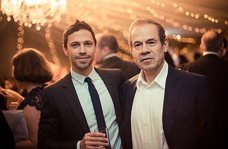 ישי (מימין) ומארק שיינברג. הבן מחזיק ב-75% מהחברה