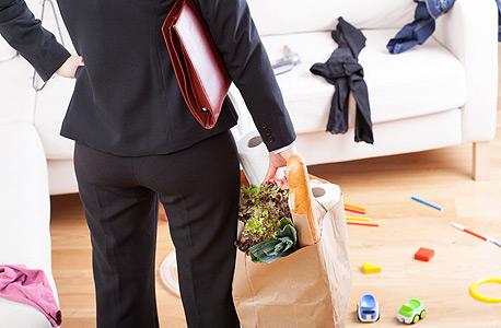 לחץ בית עבודה משפחה אישה אשת קריירה, צילום: שאטרסטוק