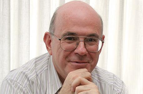 רבינוביץ'. קושש את דמי החבר של ישראל ואת תקציבי המחקר משלל מקורות