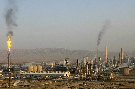 בית זיקוק לנפט בעיראק, צילום: רויטרס
