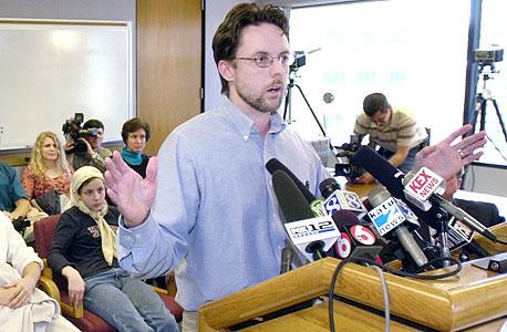 """ברנדון מייפילד. נעצר בארצות הברית והוחזק בתנאים קשים לאחר שמומחה קבע """"התאמה של 100%"""" בין טביעות אצבעותיו לאלו שהתגלו בזירת פיגוע במדריד. ההתאמה הופרכה"""