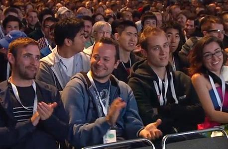 הקהל בנאום הפתיחה של אירוע גוגל אמש