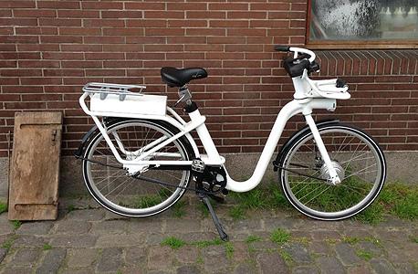 אופניים חשמליים. אירופה מפסיקה לדווש, צילום: Quartz