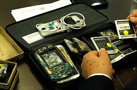 סוללות פגומות של סמסונג סלולר, צילום: עטא עוויסאת