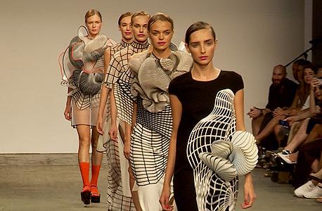תצוגת בוגרי מגמת עיצוב אופנה בשנקר 214