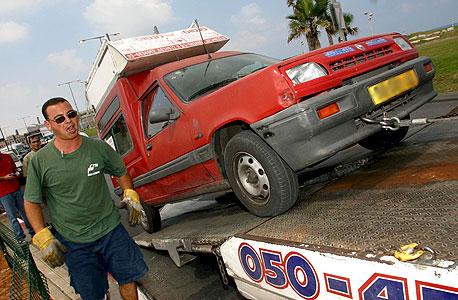 תוכנית גריטת מכוניות ישנות יוצאת לדרך; גורם במשרד התחבורה: התימרוץ אינו אפקטיבי