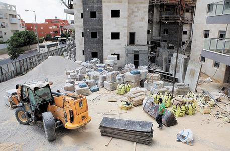 """אתר בנייה שומם בבאר שבע ב""""צוק איתן"""""""