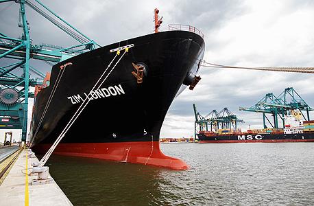 אוניית מטען צים בלונדון, צילום: בלומבגר