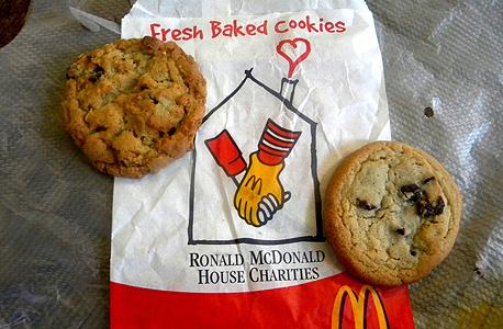 עוגיות שוקולד מקדונלד'ס קנדה 1.25 דולר