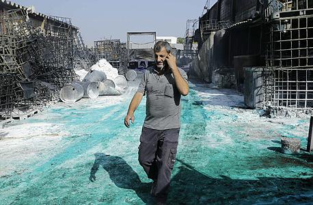 מפעל הצבעים דנבר באזור תעשייה בשדרות שנפגע טיל קסאם
