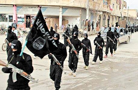 """אנשי דאעש. """"ירדן יותר מאורגנת מעיראק להילחם בדאעש, וצריך לעזור לה"""""""