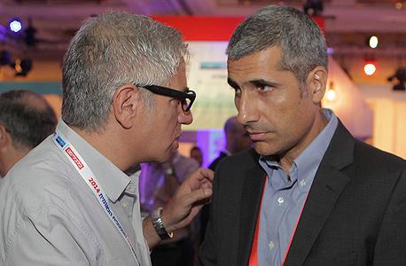 """אמיר לוי, ראש אגף תקציבים באוצר (מימין) ואמיר חייק מנכ""""ל התאחדות התעשיינים, צילום: אוראל כהן"""