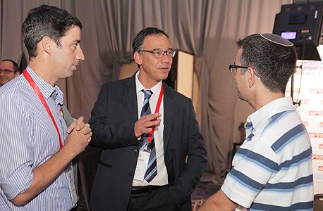 פרקליט המדינה שי ניצן (במרכז), צילום: אוראל כהן
