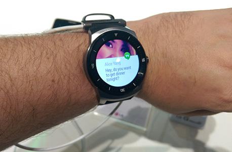 השעון החכם LG G Watch R. בשנה הבאה נראה הרבה יותר מוצרים בקטגוריה, צילום: הראל עילם