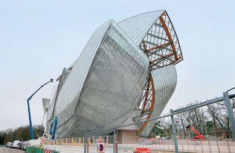המוזיאון החדש שתכנן פרנק ולואי לויטון בפריז, צילום: איי פי