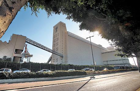 ממגורות דגון בחיפה. מאז העברת הבעלות קיבלה החברה מהמדינה כמעט מיליארד שקל, וחילקה דיבידנדים של יותר מ־100 מיליון שקל