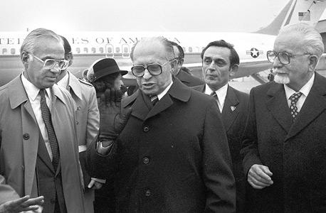 הכט עם ראש הממשלה מנחם בגין ב-1980