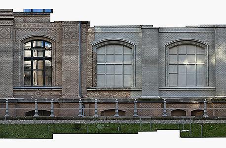הסטודיו הזמני של הצלמת עילית אזולאי במרכז KW לאמנות בברלין