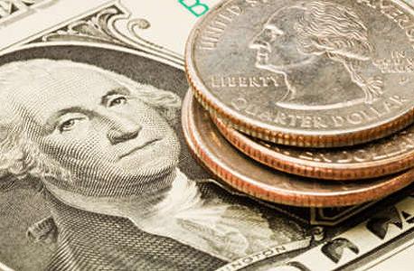 רגע לפני הודעת הריבית של בנק ישראל: הדולר התחזק ב-0.9% מול השקל