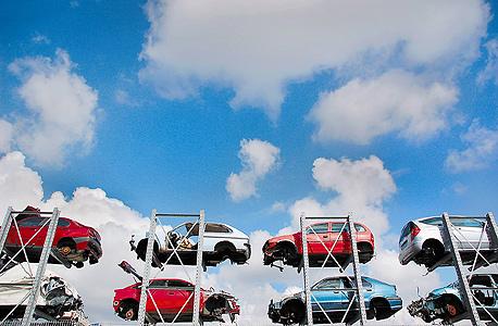 בשנה הבאה: ביטוחי החובה לרכב יוזלו בשיעור של עד 15%