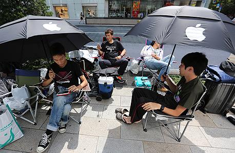 אפל אייפון 6 טוקיו תור, צילום: בלומברג