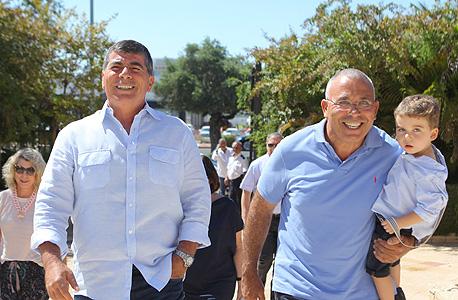 פנחס בוכריס וגבי אשכנזי (משמאל), צילום: אוראל כהן