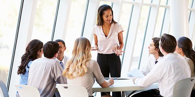 מדברים הרבה בישיבות עבודה? אולי עדיף שתפסיקו