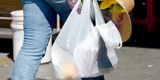 החוק צמצם את צריכת השקיות, צילום: בלומברג