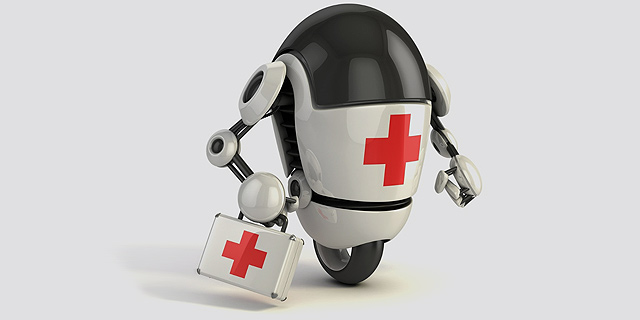 הפתרון להידבקות רופאים באבולה: הדוקטור הרובוטי שמחסל חיידקים