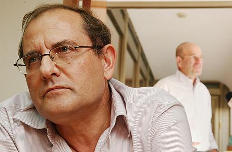 קרמניצר. שמאלני מדי, צילום: שאול גולן