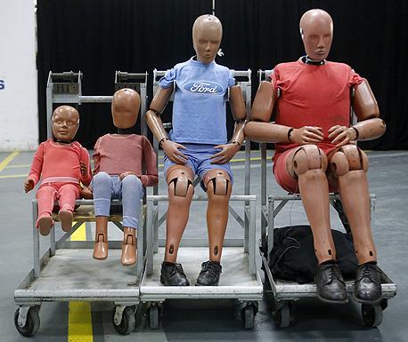 הבובות עולות במשקל