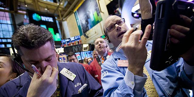 """וול סטריט: טוויטר התרסקה ב-20.5%, נאסד""""ק איבד 1.5%"""