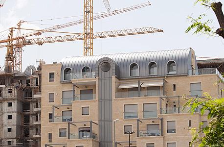 """בנייה בירושלים. """"הבנייה מעבר לקו הירוק היא עניין של המינהל האזרחי, אבל ירושלים היא תחתינו, ואנחנו מטפלים בה באחריות"""""""