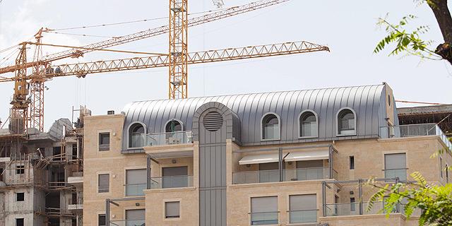 """בנייה בירושלים. """"הבנייה מעבר לקו הירוק היא עניין של המינהל האזרחי, אבל ירושלים היא תחתינו, ואנחנו מטפלים בה באחריות"""", צילום: עומר מסינגר"""