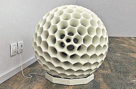 Dustball. שואב אבק לחללים ציבוריים