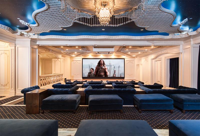 אולם הקולנוע באחוזה, צילום: coldwellbanker