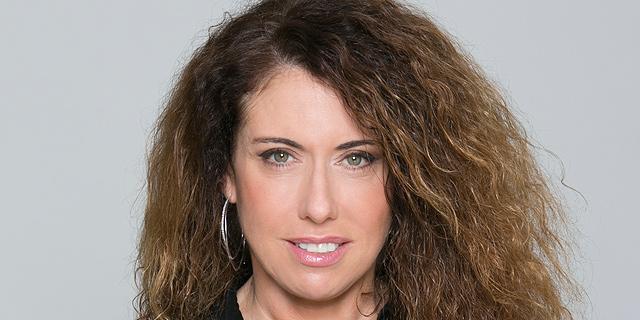 """סטלה הנדלר, מנכ""""לית בזק. """"בהתנהלות החברה יש כדי לחזק את מעמדה בשוק על חשבון מתחרותיה"""", צילום: יחיאל ינאי"""