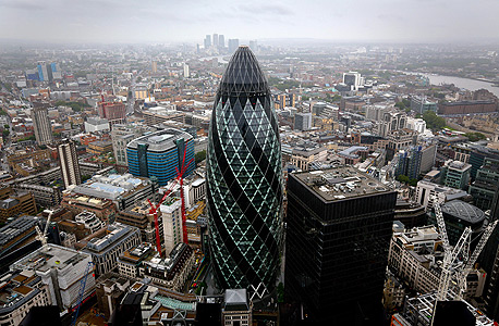גרגין Gherkin מגדל מלפפון לונדון, צילום: בלומברג