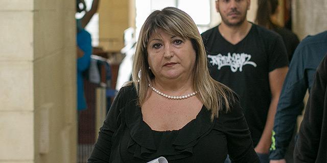 הוצא צו הבאה נגד שולה זקן שיחייב אותה להעיד במשפטו של הקבלן יאיר ביטון