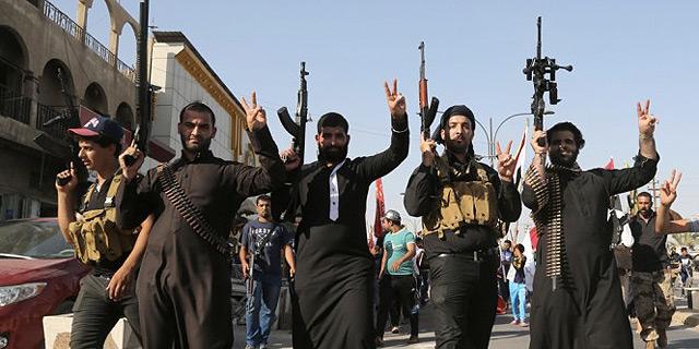 עקב הפגיעה באספקת הנפט: דאעש מעלה את מחיר החיטה